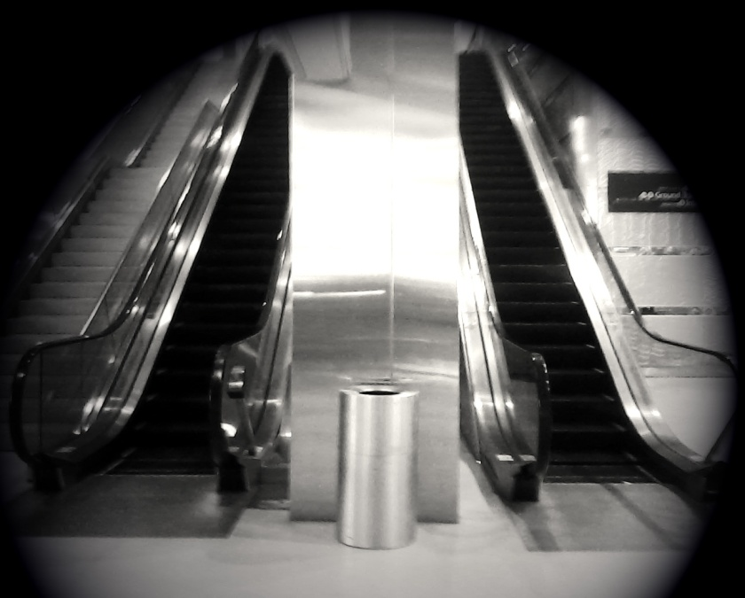 escalator1