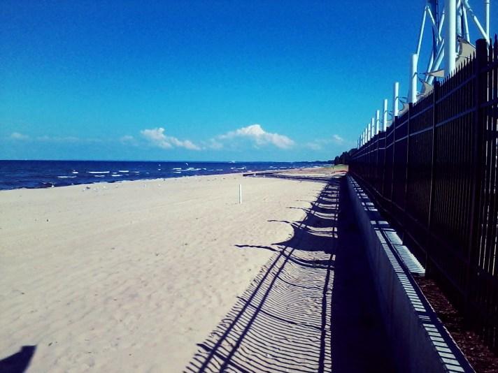 0527 Down the Beach